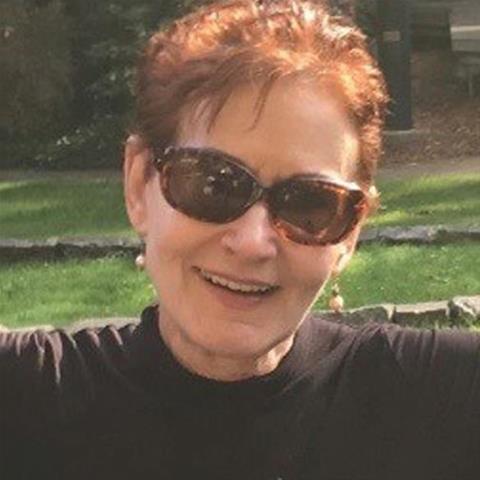 Maak een afspraakje met deze 59-jarige vrouw