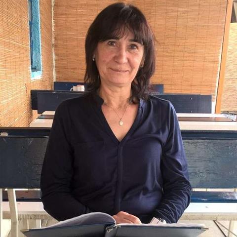 Regel een ontmoeting met deze 56-jarige vrouw