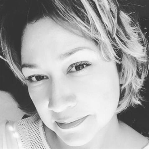 Laat je ontknapen door 37-jarig jongedametje uit Drenthe